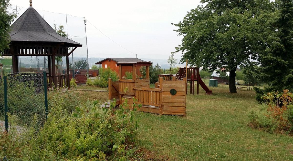 Nové dětské hřiště v Hrobicích